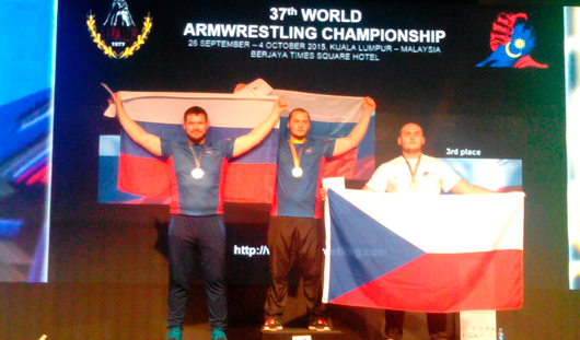 Спортсмен из Удмуртии стал призером Чемпионата Мира по армрестлингу в Малайзии