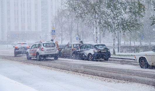 ГИБДД Удмуртии: Из-за ситуации на дорогах фурам запрещен въезд в город