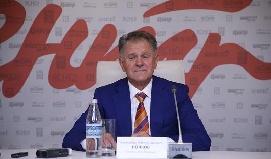 Александр Волков считает, что Lada Vesta подходит не для всех чиновников