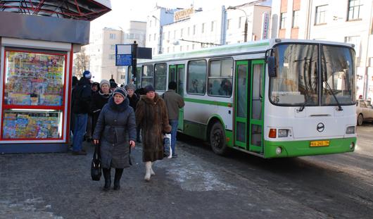 Есть вопрос: на что имеют право контролеры в общественном транспорте?