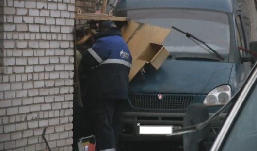 В Ижевске пьяный водитель спровоцировал ДТП с утечкой газа