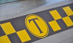 В Ижевске таксист избил брусом пассажира