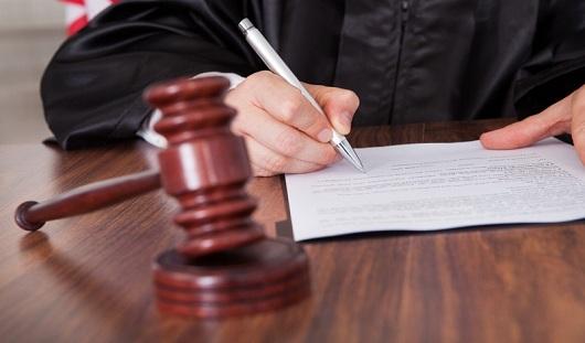 Жителя Удмуртии на 7 лет осудили за убийство напарника по вахте