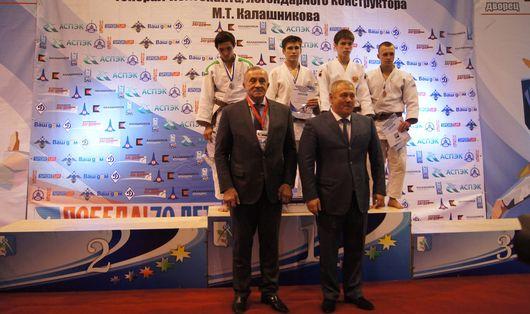 Дзюдоисты Удмуртии на всероссийском домашнем турнире выиграли две медали
