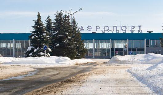 Самолет Ижевск-Москва задержан из-за непогоды в столице