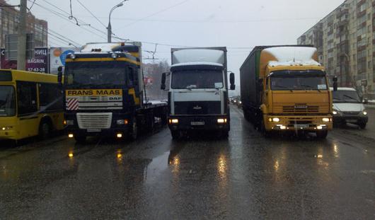 Задержанный предполагаемый убийца бизнесмена и забастовка дальнобойщиков: о чем утром говорят в Ижевске