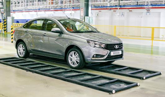 В ночь старта продаж в Ижевске планируют продать 12 автомобилей Лада Веста