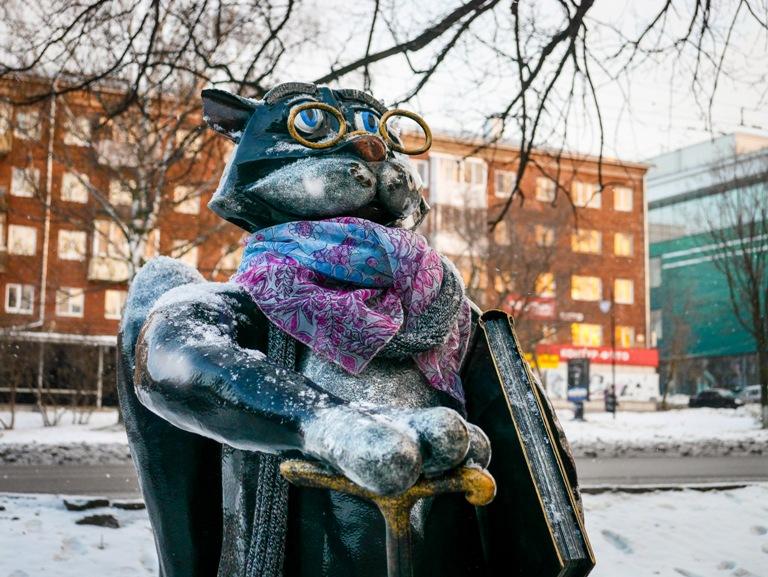 «Ученого кота» на улице Пушкинской в Ижевске утеплили