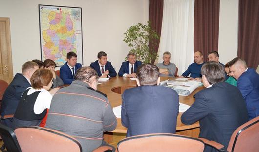 Глава Ижевска Юрий Тюрин встретился с жителями дома № 9 по улице Л. Толстого