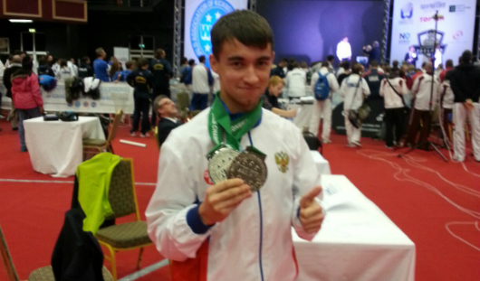 Ижевчанин Линар Багаутдинов выиграл «серебро» на Чемпионате Мира по кикбоксингу