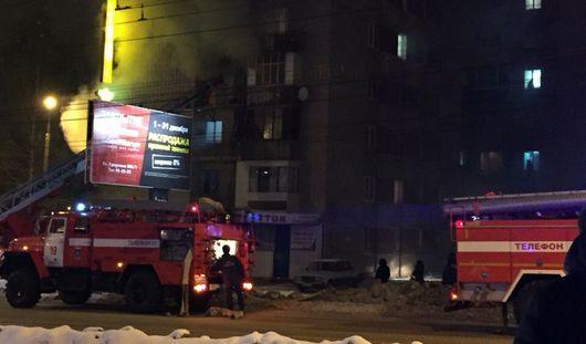 Пожар на Ворошилова и дань памяти погибшему тренеру: о чем говорит Ижевск этим утром