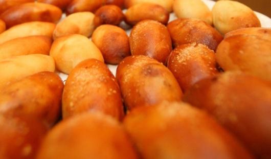 В Ижевске женщина испекла пирожки с «начинкой» из 170 тысяч рублей по совету «ясновидящей»