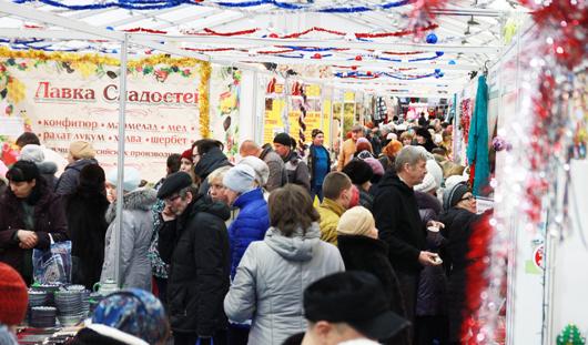 Новогодняя ярмарка в Ижевске: время покупать праздничные товары