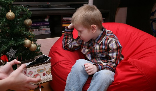 Советы ижевского психолога: как объяснить ребенку, что Дед Мороз не подарит обещанный подарок