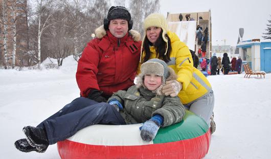 Где в Ижевске покататься на тюбингах, коньках, горных лыжах и сноубордах?