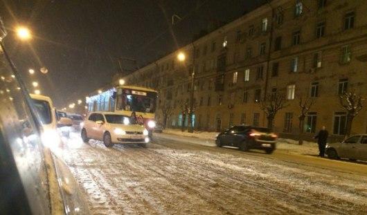 В Ижевске женщине-водителю, из-за которой встали трамваи, придется заплатить крупный штраф