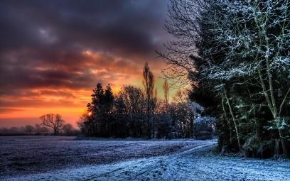 Синоптики предупреждают о снеге и гололедице