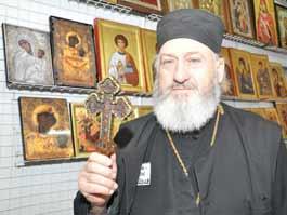 В Ижевск привезли мощи святых и мироточивые иконы