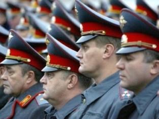 Полицейских Ижевска поздравили Дмитрий Медведев, Александр Волков и Александр Первухин