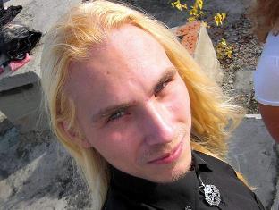 На Урале сатанист обезглавил влюбленную в него школьницу