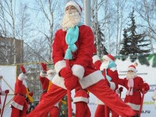 Новый год в Ижевске: елку открыли, ледовый городок достраивают