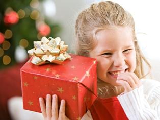 Благотворительная акция: ижевчане могут сделать детям новогодний подарок