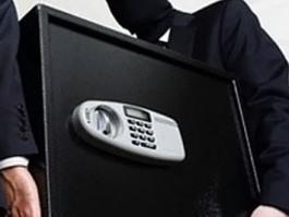 В Ижевске две подруги украли из квартиры сейф