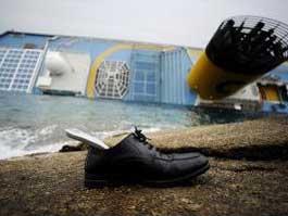 Число пропавших на итальянском лайнере возросло до 29 человек