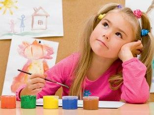 В Ижевске в арт-коробки собирают детям из Старков краски и кисти