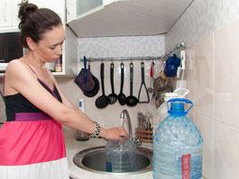 Ижевчане от «крещенской» водопроводной воды могут заразиться вирусом гепатита А