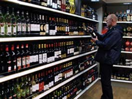 Ижевчане могут «сдать» тех, кто продает алкоголь ночью