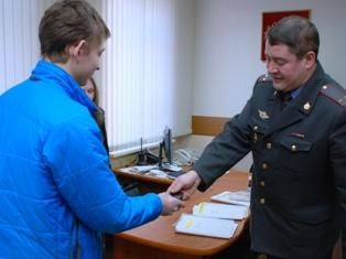 Полиция Ижевска за год вернула владельцам более 1000 украденных «мобильников»