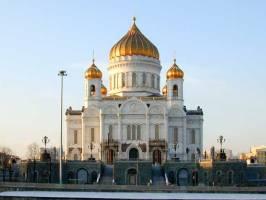 Недавно построенному Храму Христа Спасителя потребовался ремонт
