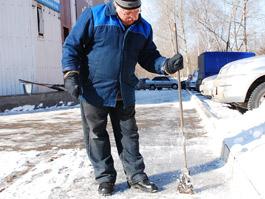 Коммунальщики обязаны чистить дороги Ижевска до асфальта