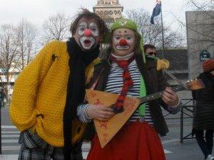 Клоуны из Ижевска «отожгли» на фестивале русской культуры во Франции