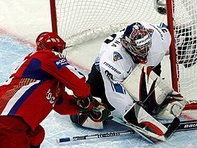 Сборная России по хоккею одолела финнов на морозе