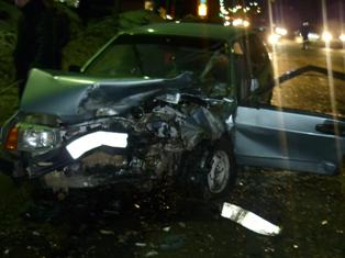 В Ижевске водитель разбил ВАЗ-2107 «в хлам»