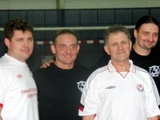 Команда президента Удмуртии разгромила сборную братьев Запашных по футболу