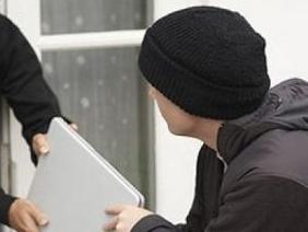 Ижевчанин «очаровал» студентов и украл у них ноутбук и мобильники