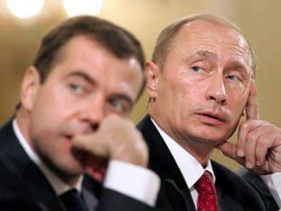 В случае победы на выборах Путин сделает Медведева премьер-министром