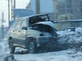 Жесткое ДТП на перекрестке Чугуевского-Красноармейская: столкнулись Рено и 14-ая