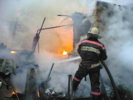 5 детей погибли в двух пожарах под Саратовом