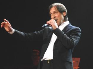 Николай Носков в Ижевске: «Мои музыканты стирают пальцы в кровь»