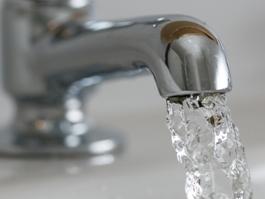 Коммунальное ЧП в Ижевске: холодная вода появилась во всех домах по улице Карла Маркса
