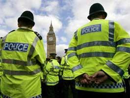 В Великобритании толстым полицейским урежут зарплаты