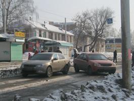 В Ижевске на улице Авангардной за час произошло две аварии