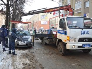 Госавтоинспекция и дорожники объявили в Ижевске «парковочную войну»