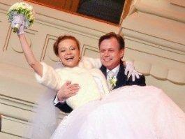 Ижевчанка 17 лет была влюблена в известного солиста из группы «На-на» и вышла за него замуж