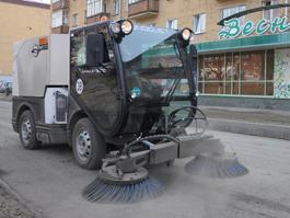 В Ижевске наведет порядок «летняя» уборочная техника