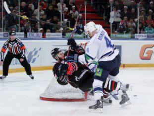«Динамо» подобралось к «Авангарду» в хоккейном Кубке Гагарина